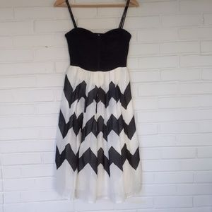 Anthropologie Leifnotes Chevron B&W Dress